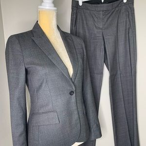 Theory Wool Black Two-Piece Suit Set 0/2